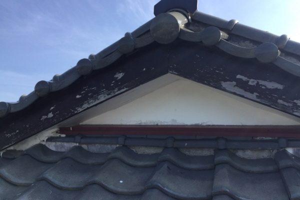 鉾田市N様邸  外壁塗装工事、破風板板金工事、雨樋部分交換、軒天部分交換工事ありがとうございました。