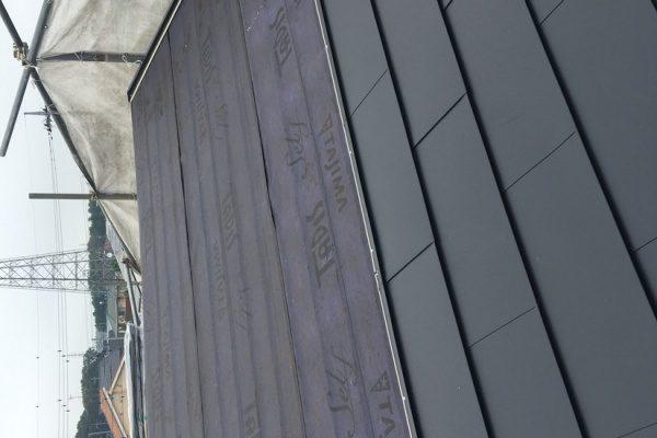 ひたちなか市S様邸、外壁オスモ塗装工事、屋根カバールーフ工事、ありがとうございました。